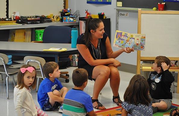 SR-Kind-Orientation-Teacher Reading