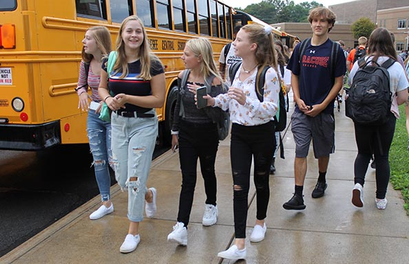 WGHS First Week Group at Bus