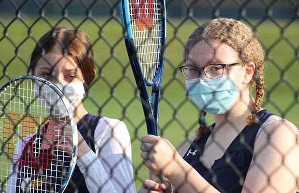 Girls JV Tennis Players