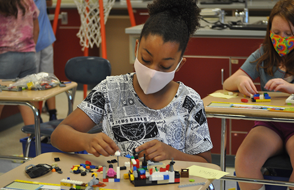 WGMS Girl with Legos